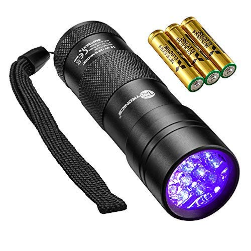 Scorpion Hunt UV Light